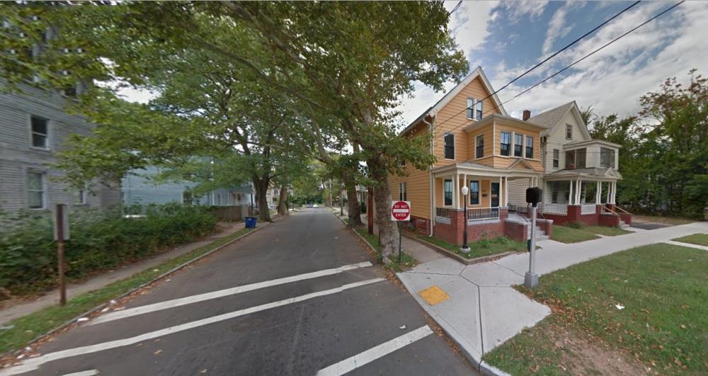 4b_504 Dixwell Avenue