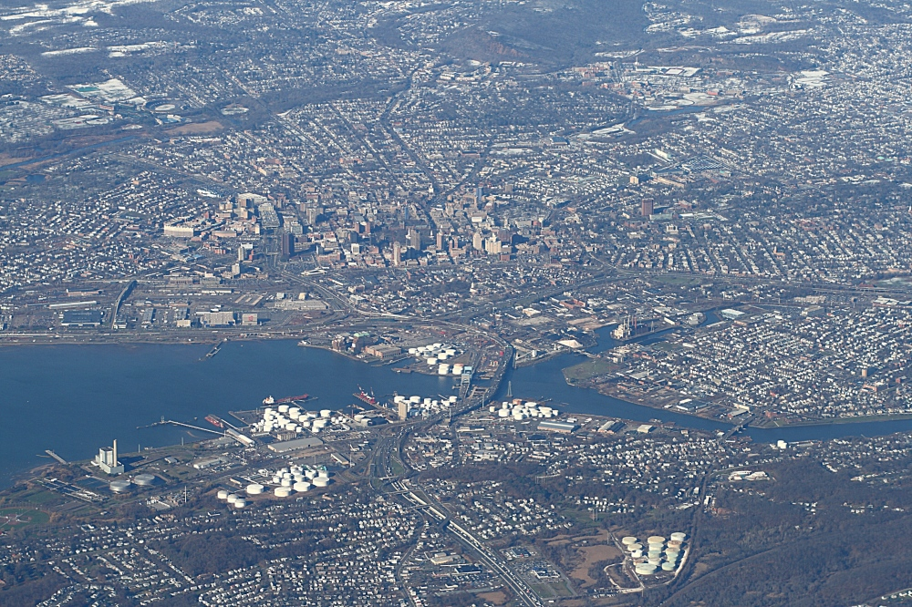 New_Haven_from_above,_2009-12-10