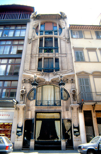 Casa Galleria facade_in context