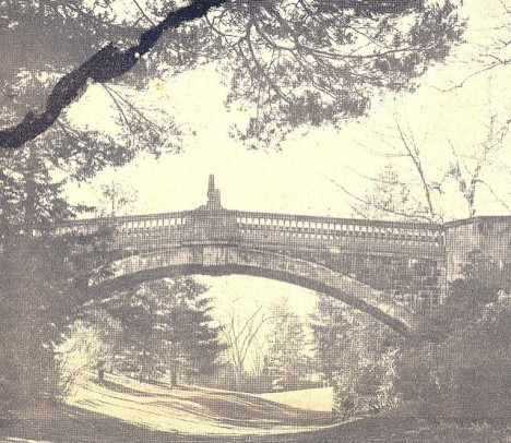 Period photograph of stone bridge
