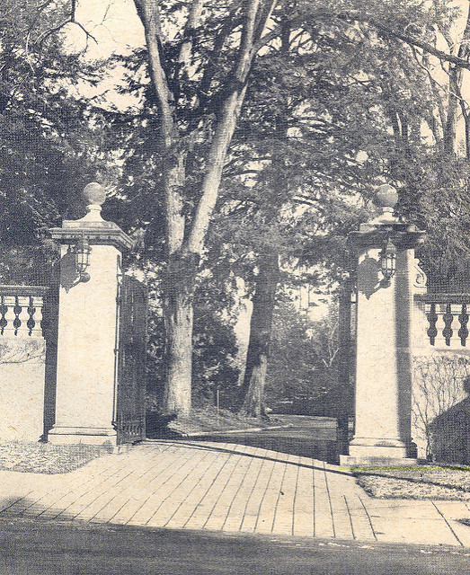 Period photograph of entry gate from Cliff Street