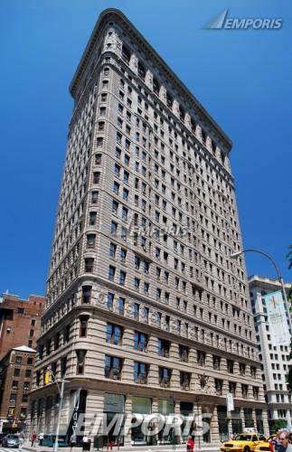 Figure 19. Contemporary view of the Flatiron Building,1902, New York by Daniel Burnham (Royce Douglas)