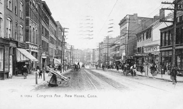 Bustling Congress Avenue in 1908